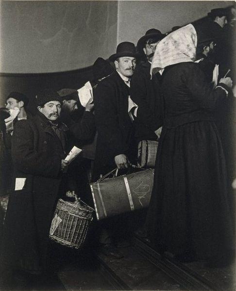 Lewis Hine - Ellis Island
